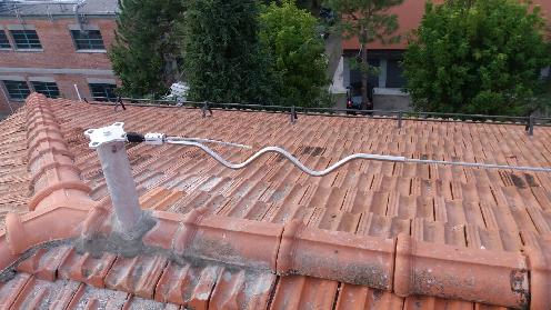 Progettazione e realizzazione linea vita in condominio della Provincia di Bologna
